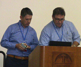 EPI's Warren Whitmore and David Shippen presenting at the Online Teaching Conference 2016.